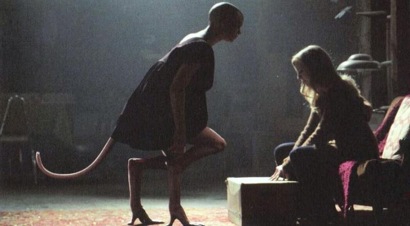 Una scena del film Splice, scritto e diretto da Vincenzo Natali