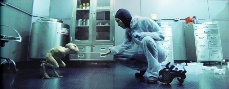 Una scena del thriller sci-fi Splice, scritto e diretto da Vincenzo Natali