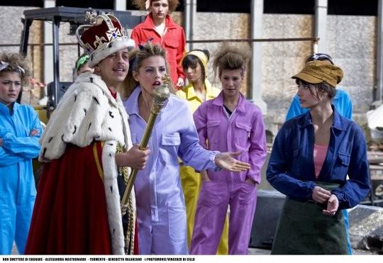 Alessandra Mastronardi con gli altri interpreti del film tv Non smettere di sognare