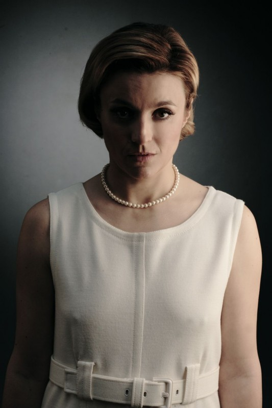 Michela Cescon in una foto promozionale della miniserie Nel nome del male prodotta da Sky Cinema
