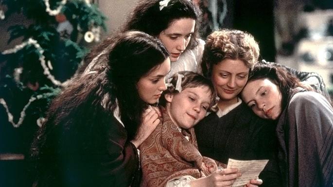 Susan Sarandon insieme a Winona Ryder, Trini Alvarado, Kirsten Dunst e Claire Danes in Piccole donne