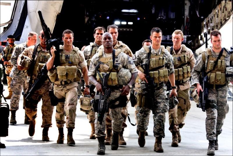 Tyrese Gibson in un'immagine del film Transformers - La vendetta del caduto