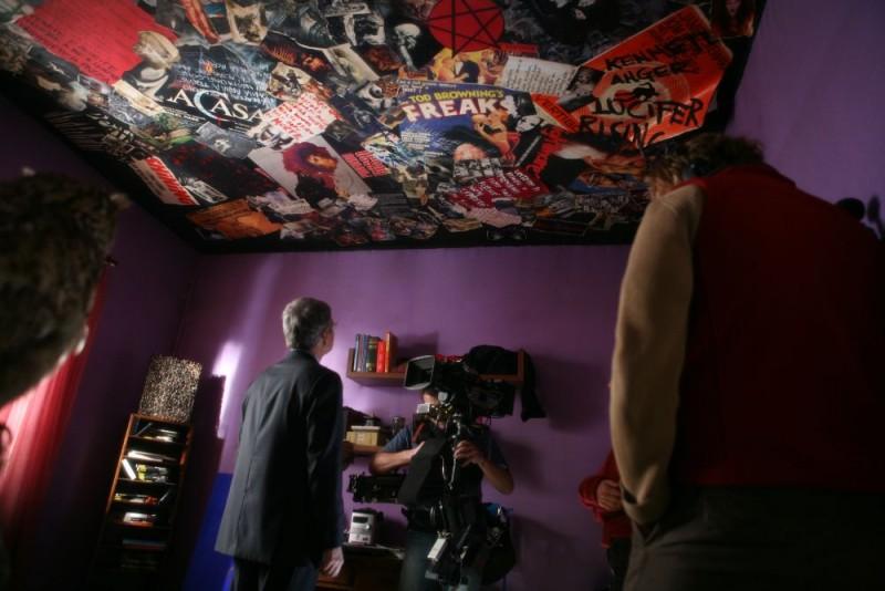 Una foto dal set della miniserie Nel nome del male prodotta da Sky Cinema