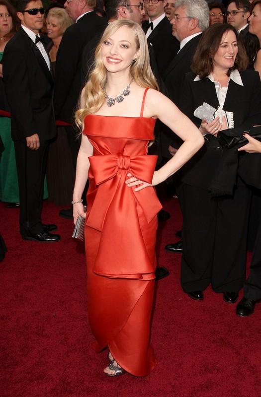 Amanda Seyfried in rosso per gli Oscar 2009