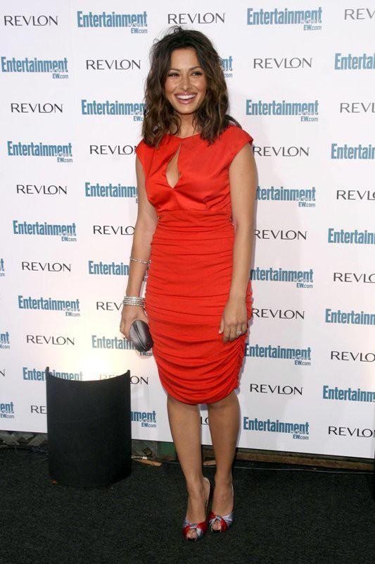 L'attrice Sarah Shahi al Pre-Emmy Celebration Party