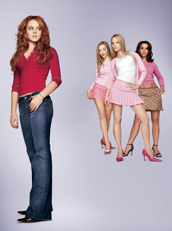 Lindsay Lohan e compagne in una foto promo per il film 'Mean Girls'