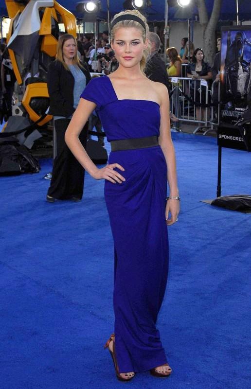 Rachael Taylor alla premiere del film Transformers a LA