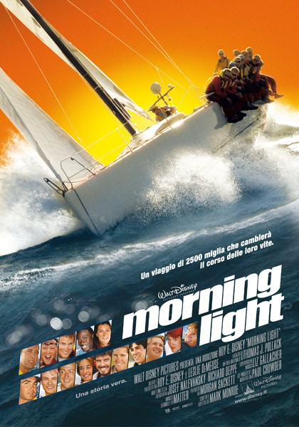 La locandina italiana di Morning Light