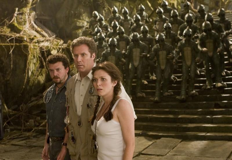 Danny McBride, Will Ferrell e Anna Friel in una scena del film Land of the Lost