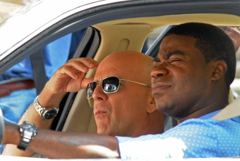 Prima foto dal set di A Couple of Dicks per Bruce Willis e Tracy Morgan
