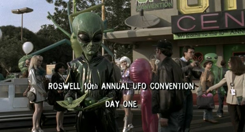 Il decimo anniversario della 'Ufo Convention' a Roswell nella serie tv Roswell