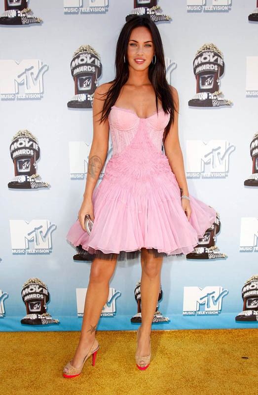 Megan Fox vestita di rosa agli MTV Movie Award 2008