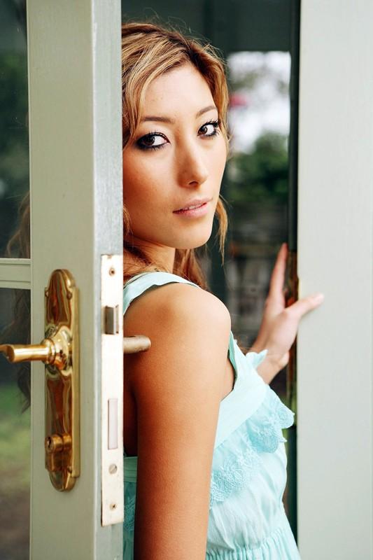 L'attrice Dichen Lachman in una foto promozionale