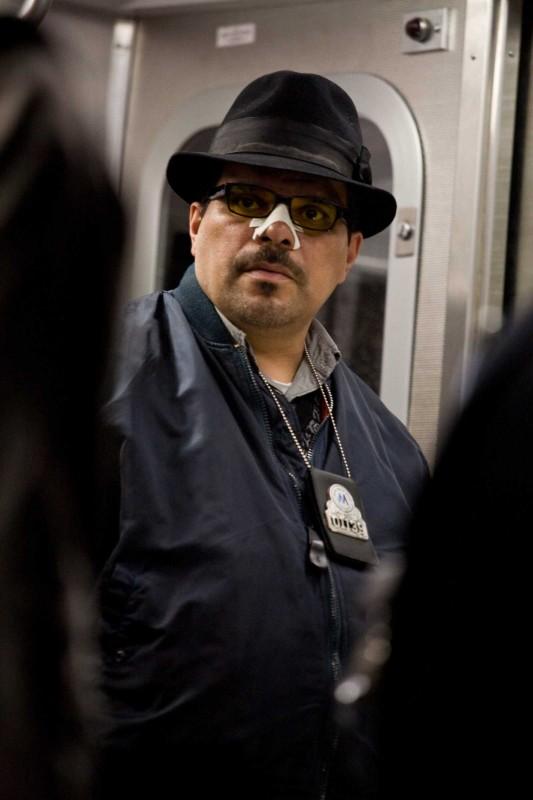 James Gandolfini interpreta il sindaco nel film Pelham 1-2-3: Un ostaggio al minuto
