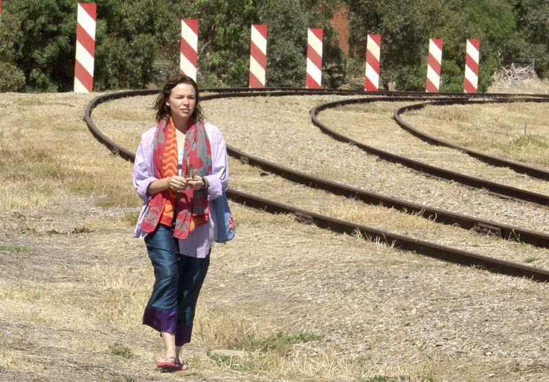 Justine Clarke interpreta Meryl Lee nel film Look Both Ways - Amori e Disastri