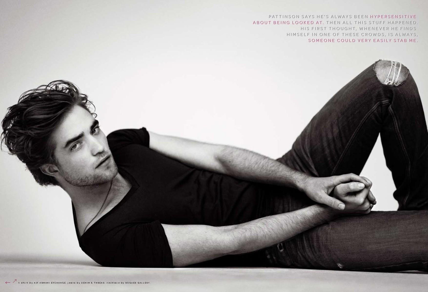 Un sexy wallpaper di Robert Pattinson