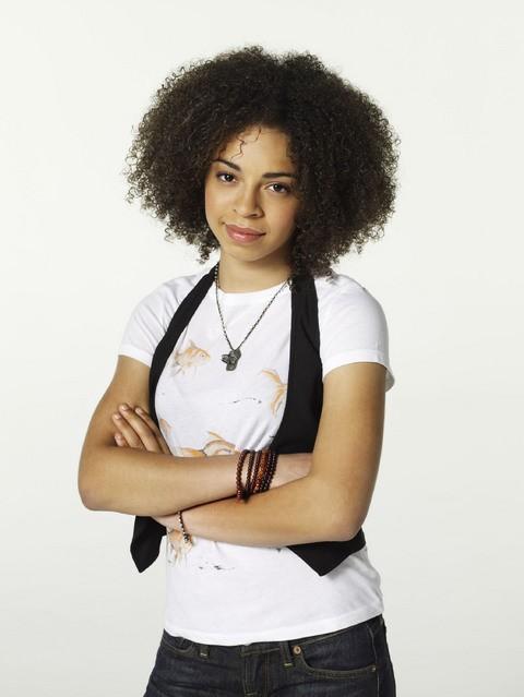 Hannah Hodson in una foto promozionale della serie TV Hawthorne
