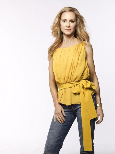 Holly Hunter in una immagine promozionale della stagione 3 di Saving Grace