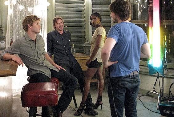 Ryan Kwanten, Sam Trammell e Rutina Wesley sul set per le foto promozionali della seconda stagione della serie tv True Blood
