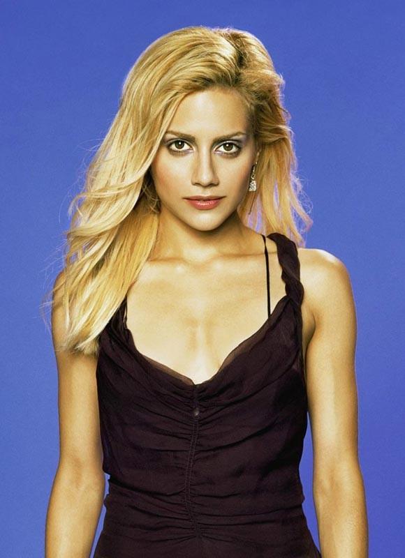 Un'immagine promozionale di Brittany Murphy
