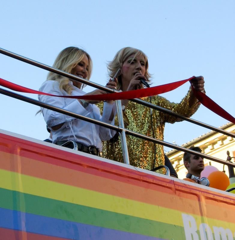 13 giugno 2009, Ornella Muti è la madrina del Gay Pride romano