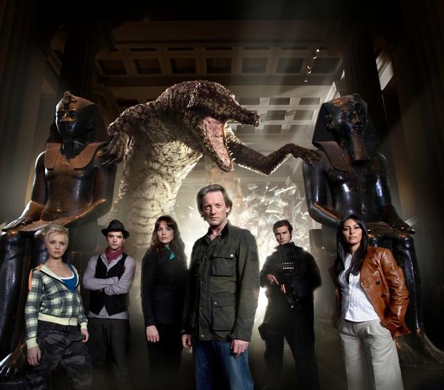 Una foto promozionale del cast della serie Primeval