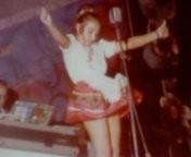 Una giovane Pamela Paris sul palcoscenico