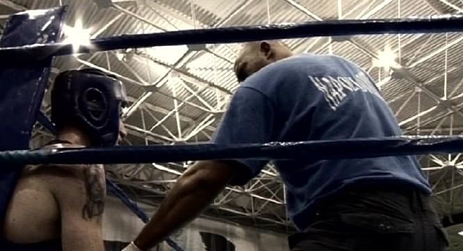 Una scena del film Il ring scomparso