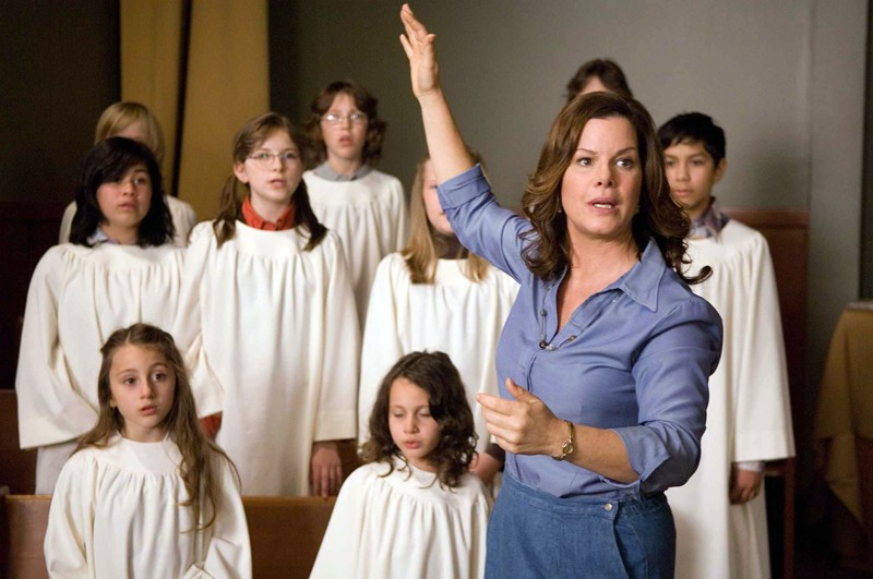 Marcia Gay Harden interpreta Maryanne Kinkade nel film 'The Christmas Cottage'