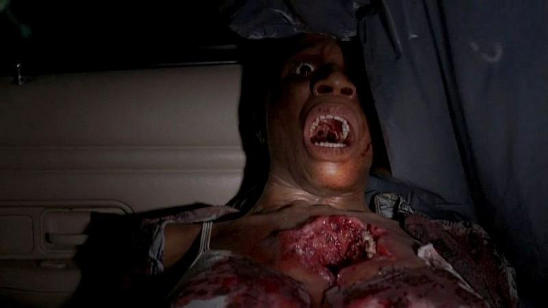 Un'inquietante immagine dell'episodio 'Nothing But The Blood' della seconda stagione della serie tv True Blood
