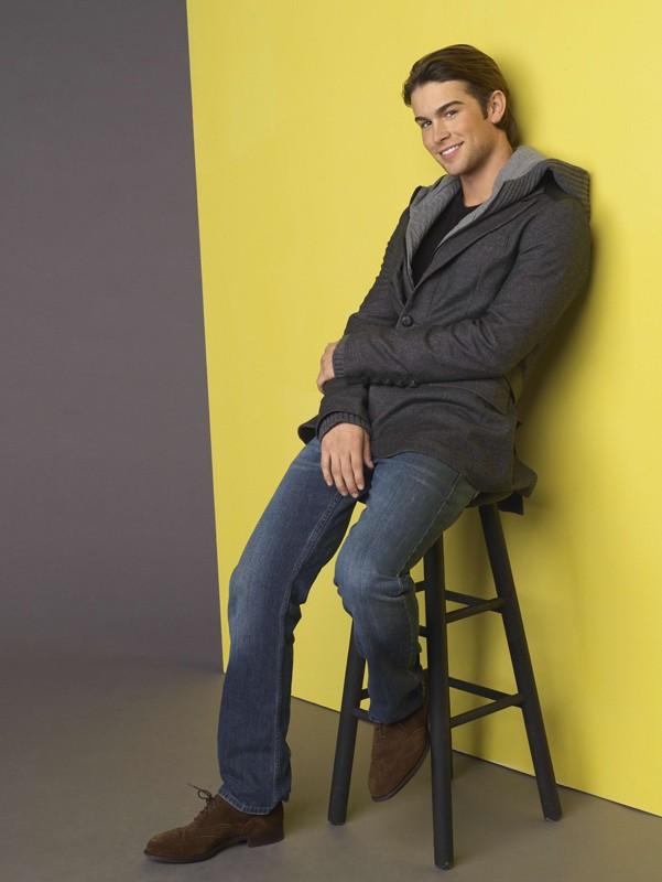 Chace Crawford in una foto promozionale della prima stagione di Gossip Girl