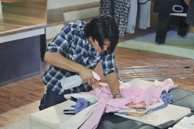 Joe Jonas in una scena dell'episodio Fashion Victim della serie Jonas.