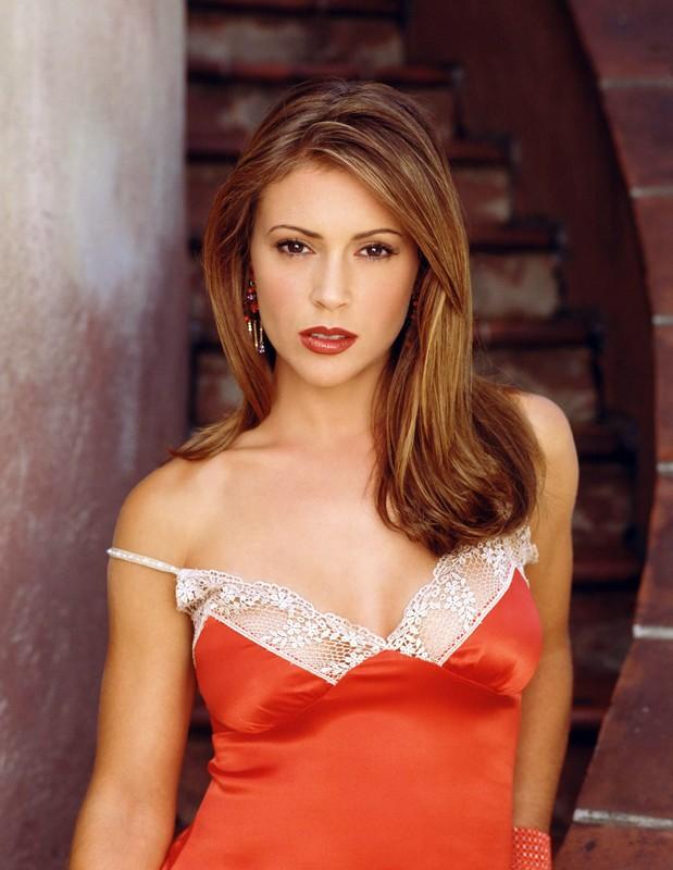 Alyssa Milano è Phoebe Halliwell nella serie televisiva 'Streghe'