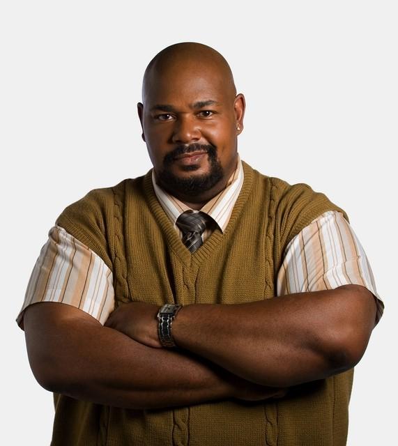 Kevin Michael Richardson in una foto promozionale di The Cleaner