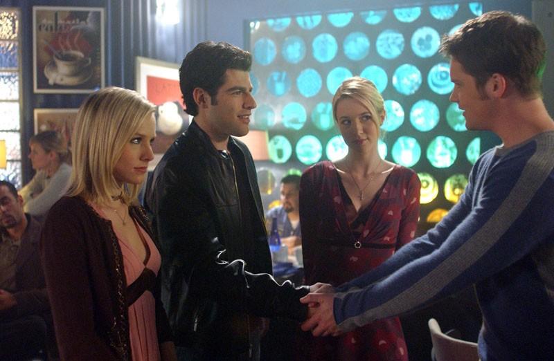 Kristen Bell, Max Greenfield, Alona Tal e Teddy Dunn nell'episodio 'Il vero padre' di Veronica Mars