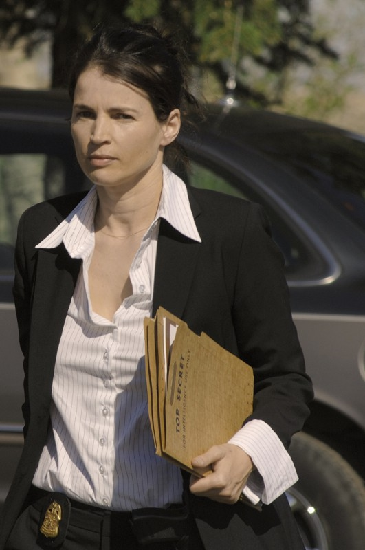 Julia Ormond in una scena del film Surveillance