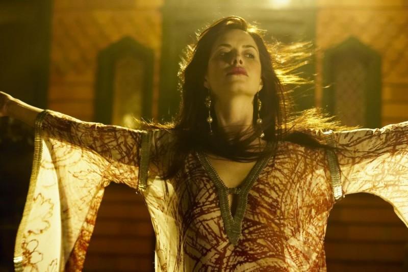 Victoria Hill in una scena del film Macbeth
