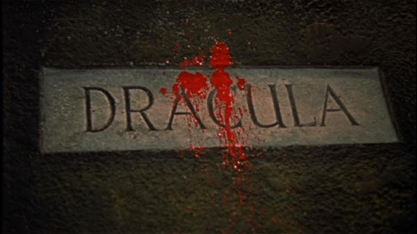 I memorabili titoli di testa del film Dracula il vampiro