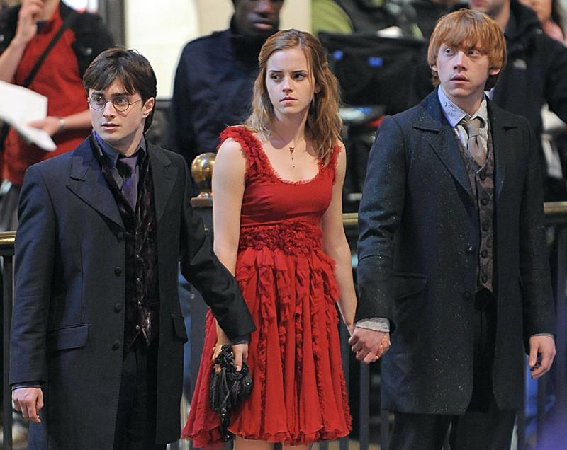 Rupert Grint, Emma Watson e Daniel Radcliffe sul set di Londra, per il film 'Harry Potter e i doni della morte - parte 1'
