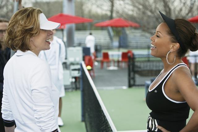 Christine Baranski e Vanessa Williams nel doppio finale della terza stagione di Ugly Betty
