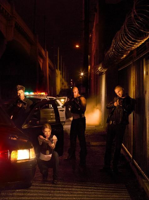 Una foto promozionale del cast di Dark Blue