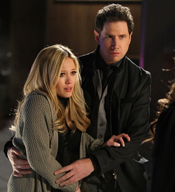 Jamie Kennedy e Hilary Duff nell'episodio Thrilled to Death della quarta stagione di Ghost Whisperer