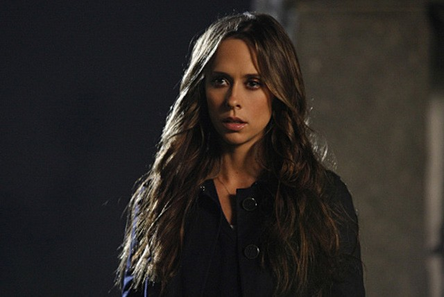Jennifer Love Hewitt nell'episodio Endless Love della quarta stagione di Ghost Whisperer