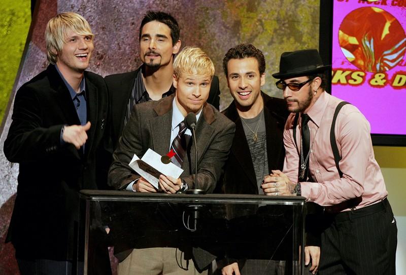 Il gruppo musicale Backstreet Boys, presenta il 'Favorite Pop/Rock Album Award' durante gli American Music Awards 2005, a Los Angeles