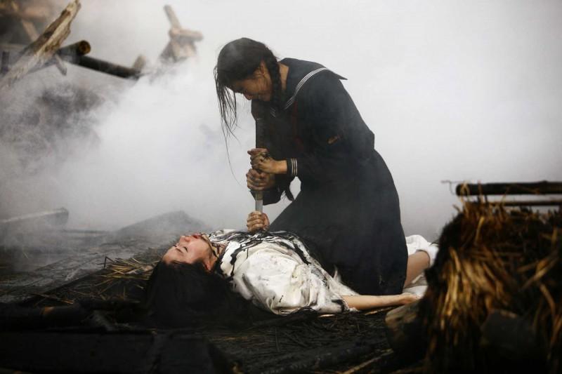 Koyuki e Gianna Jun in una scena del film Blood: The Last Vampire