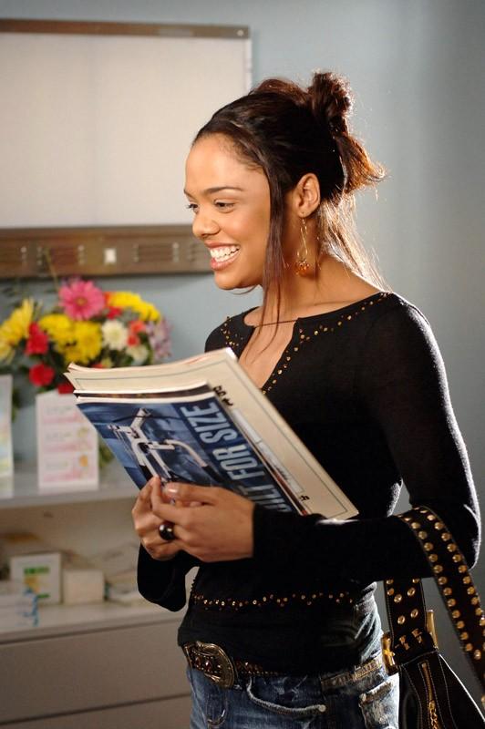 Tessa Thompson è Jackie Cookin nell'episodio 'Guardarsi alle spalle' di Veronica Mars