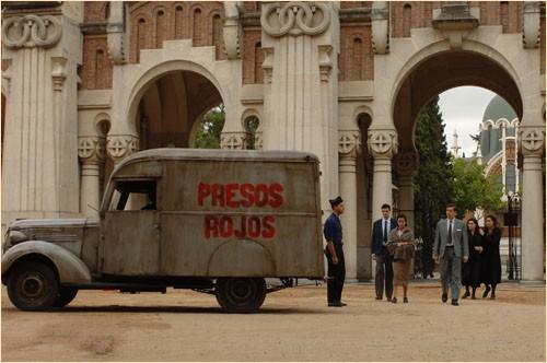 Una sequenza del film Le tredici rose, del 2007