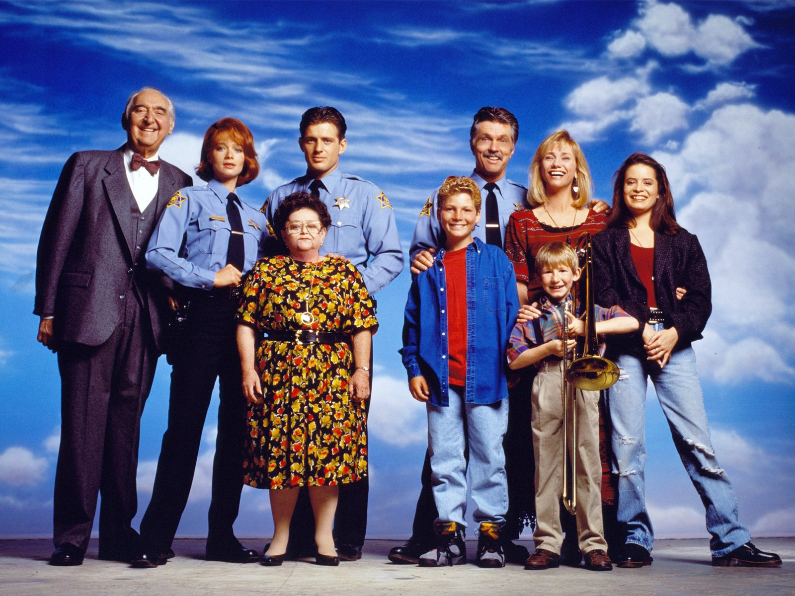 Un wallpaper del cast de La Famiglia Brock