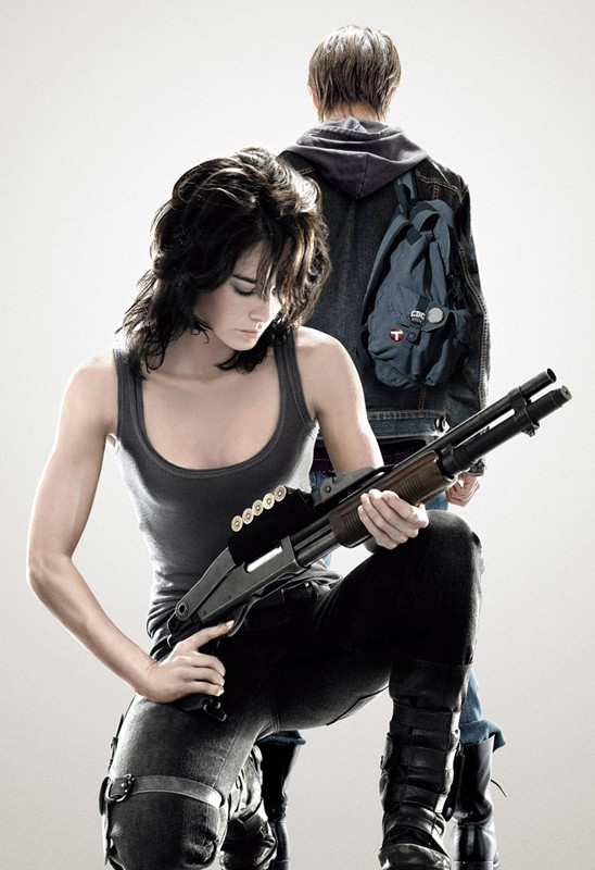 Sarah (Lena Headey) e John Connor (Thomas Dekker) per la 1 stagione di Terminator: The Sarah Connor Chronicles
