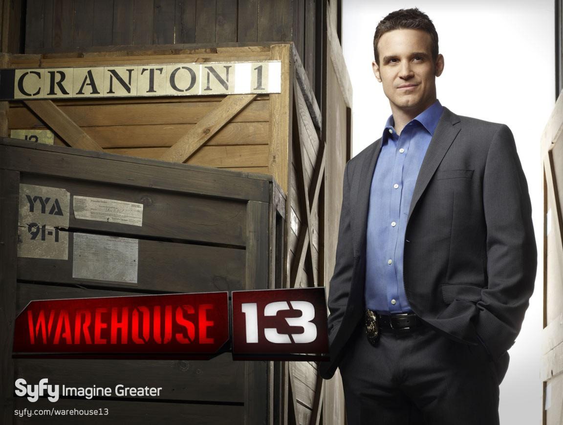 Eddie McClintock in un wallpaper della serie Warehouse 13
